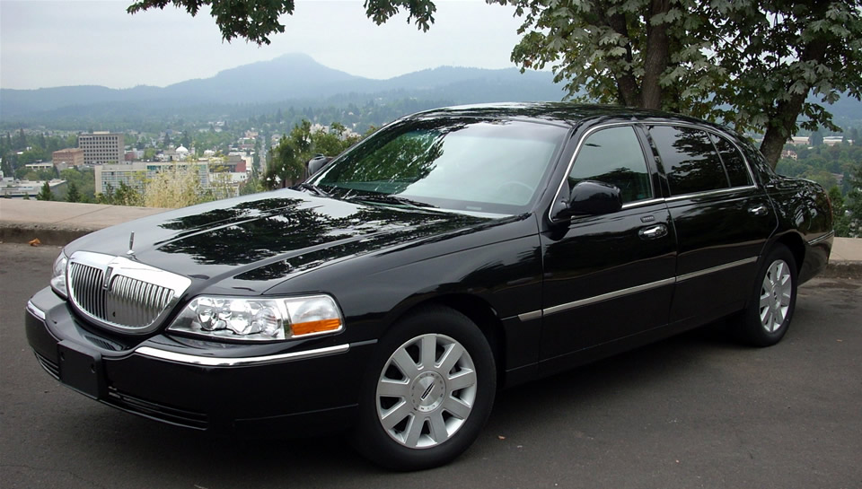 2006 Lincoln Town Car Image 15