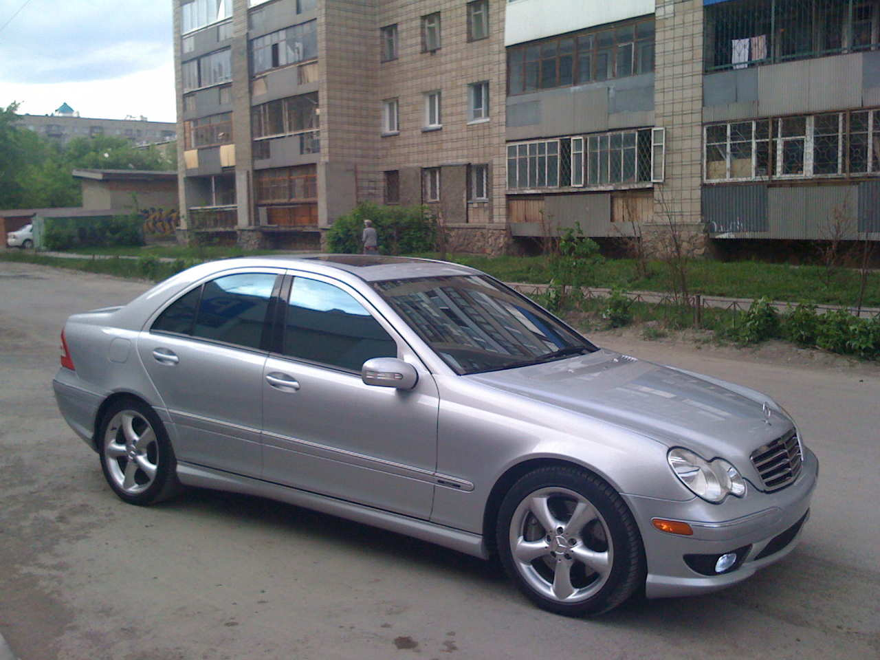 2006 mercedes benz c class image 13 for Mercedes benz c300 2006