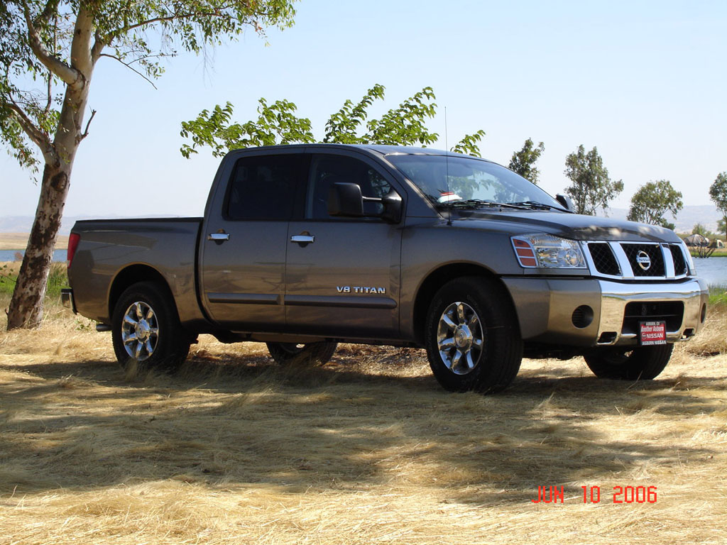 2006 Nissan Titan Image 14