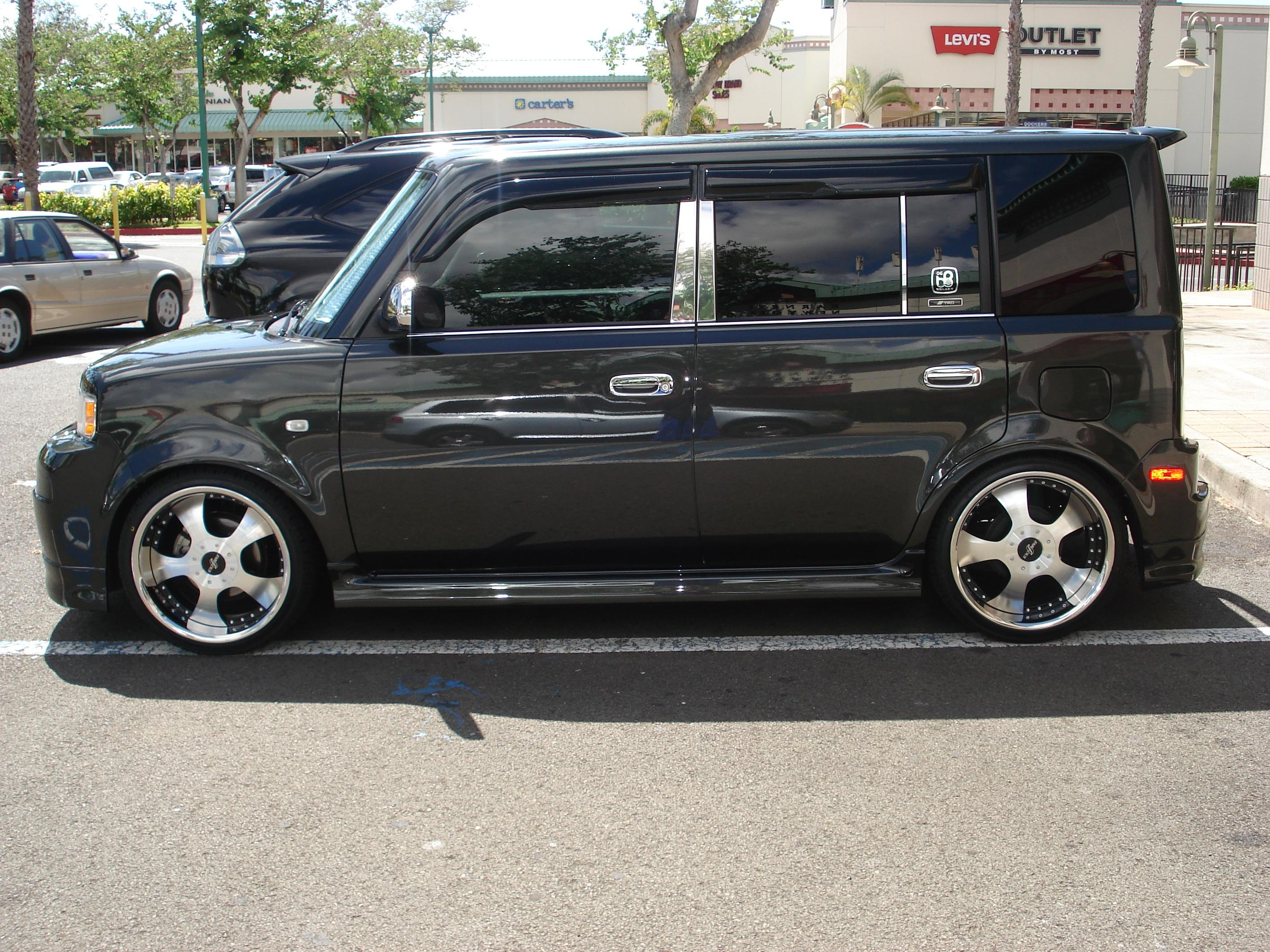 Scion xB #17