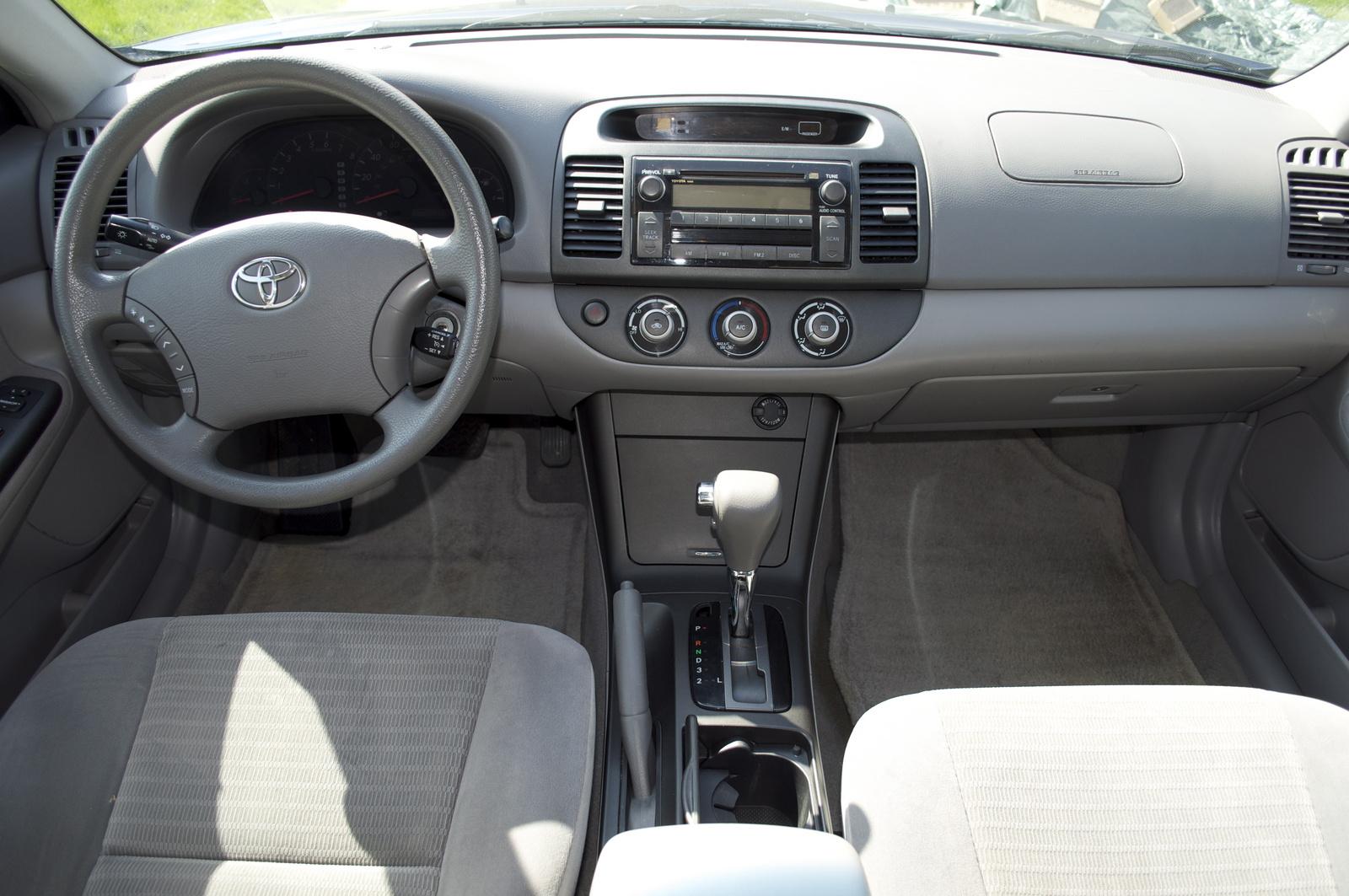 2006 Toyota Camry #17 Toyota Camry #17
