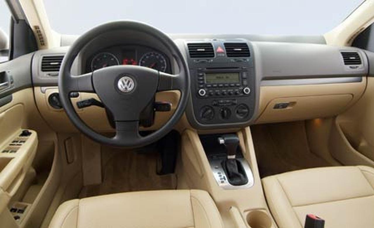 VW 06 vw jetta 2.5 : 2006 Volkswagen Jetta - Information and photos - ZombieDrive