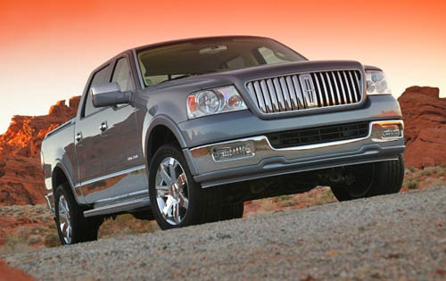 2005 Lincoln Mark LT 4dr  exterior #2