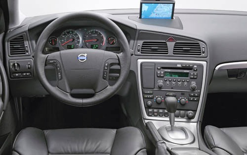 2005 Volvo S60 R Dashboar interior #16