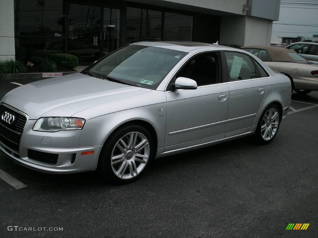 2007 Audi S4 Image 10