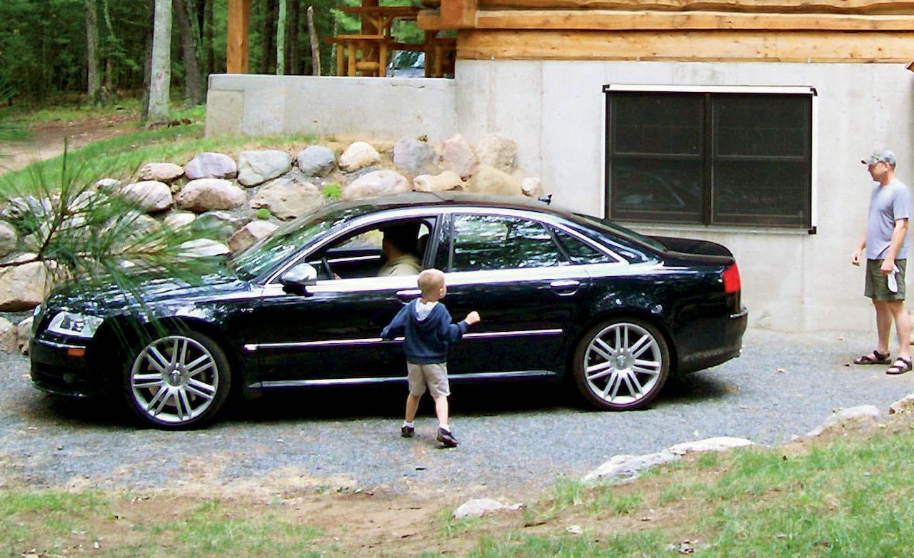 2007 Audi S8 Image 20