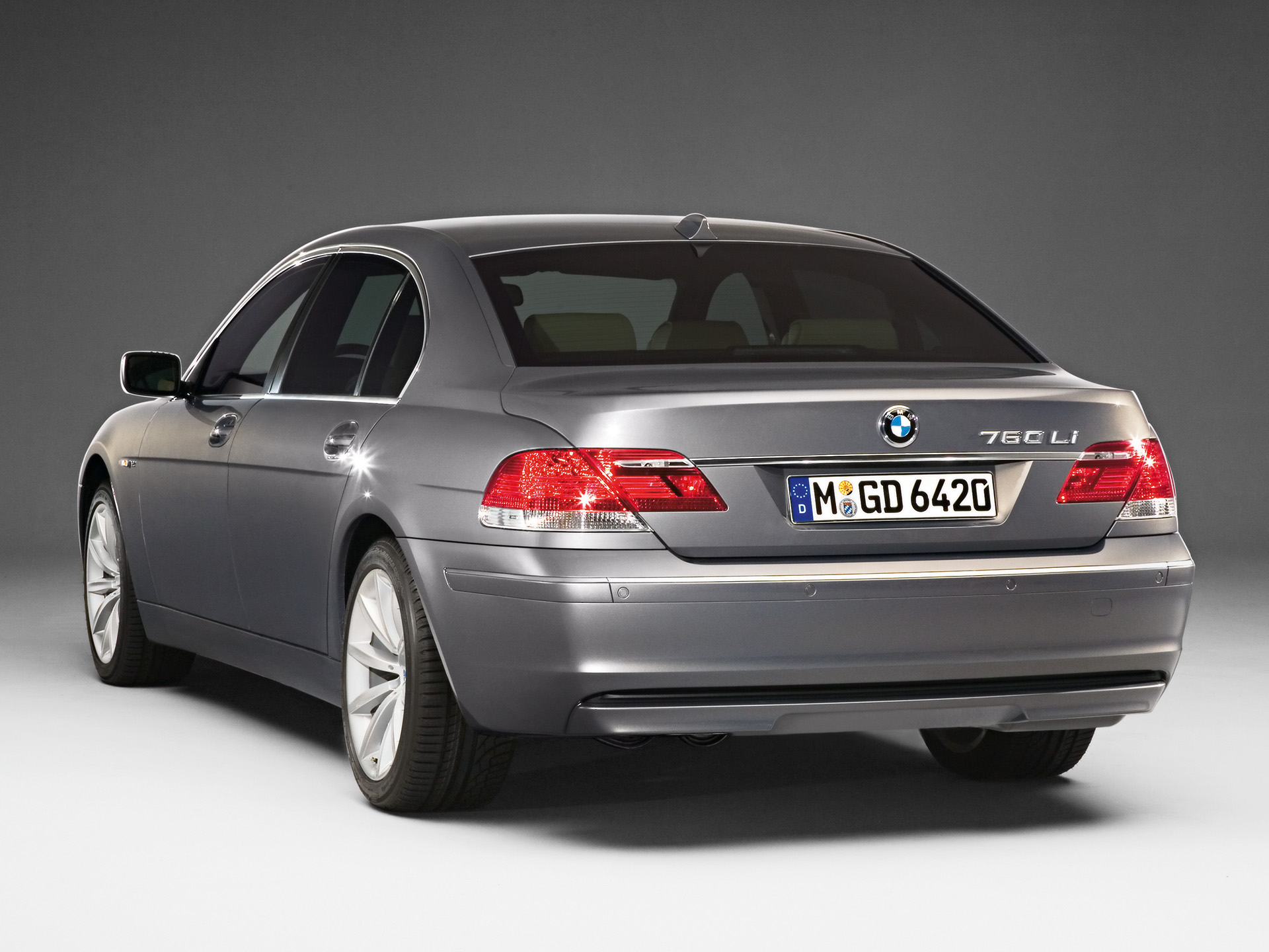 2007 BMW 7 Series - Information and photos - ZombieDrive