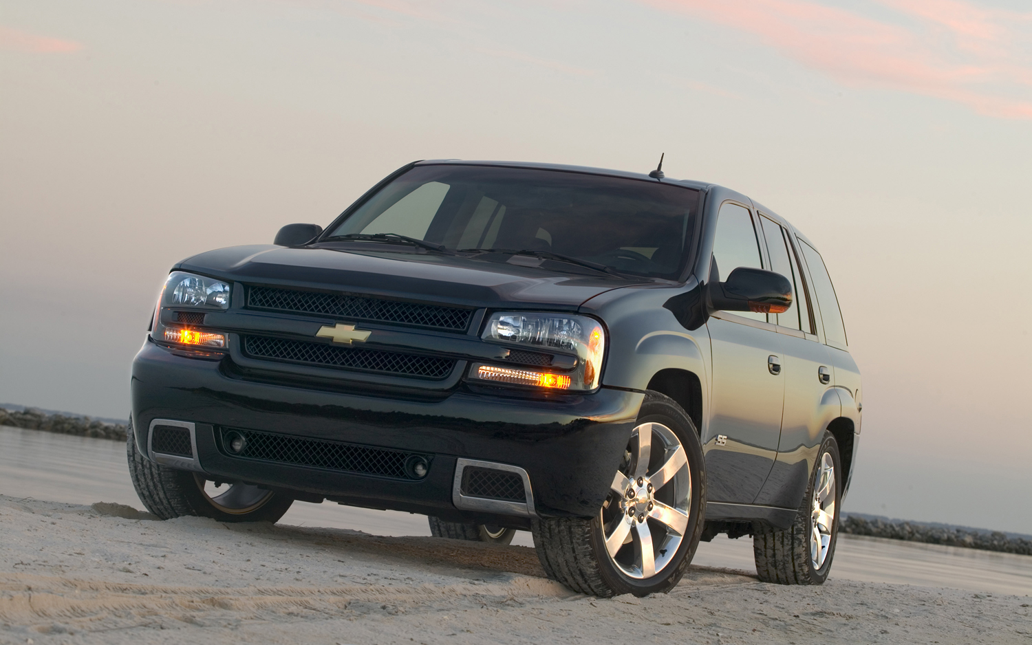 Chevrolet TrailBlazer #16