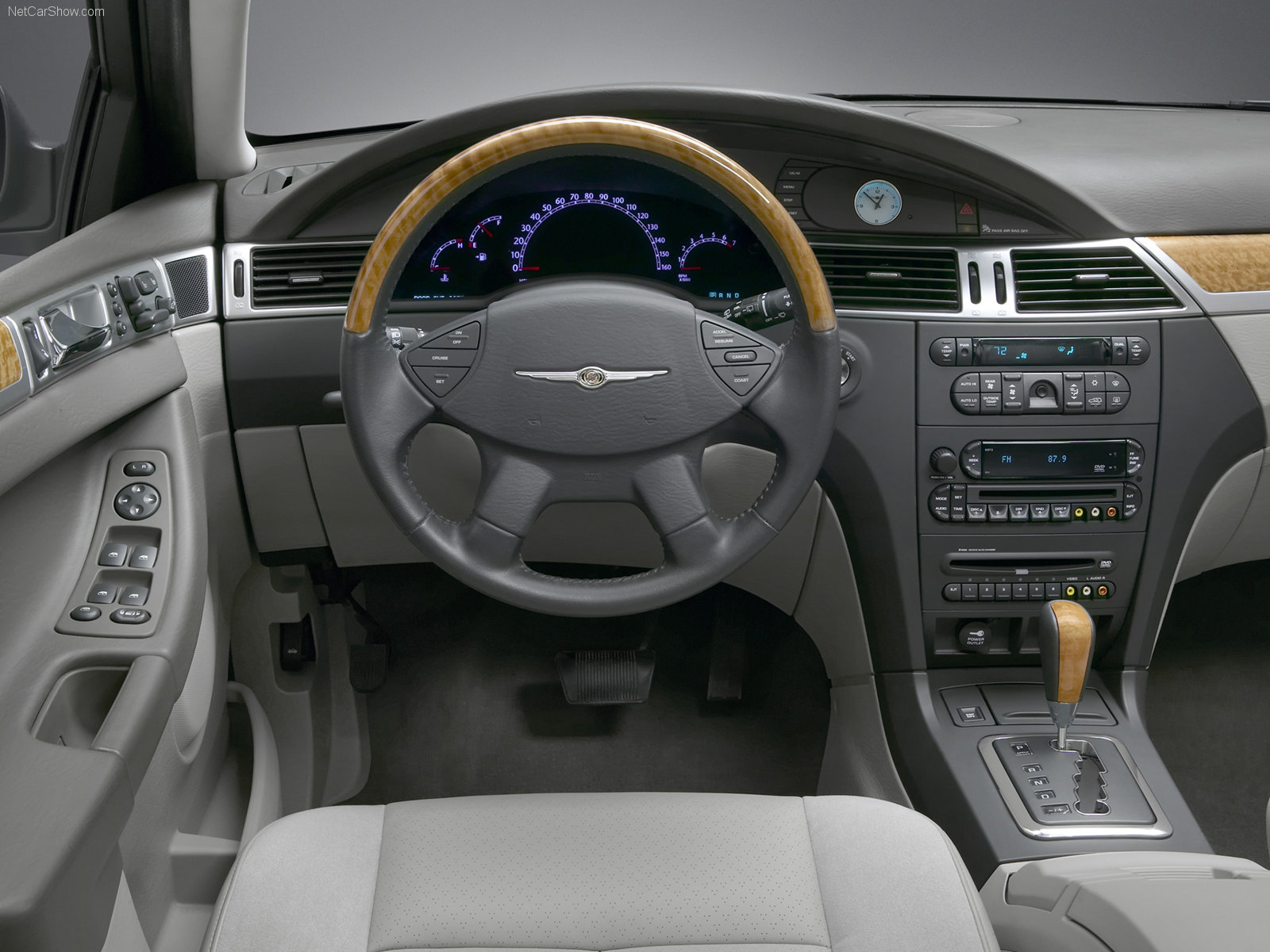 2007 chrysler pacifica image 14