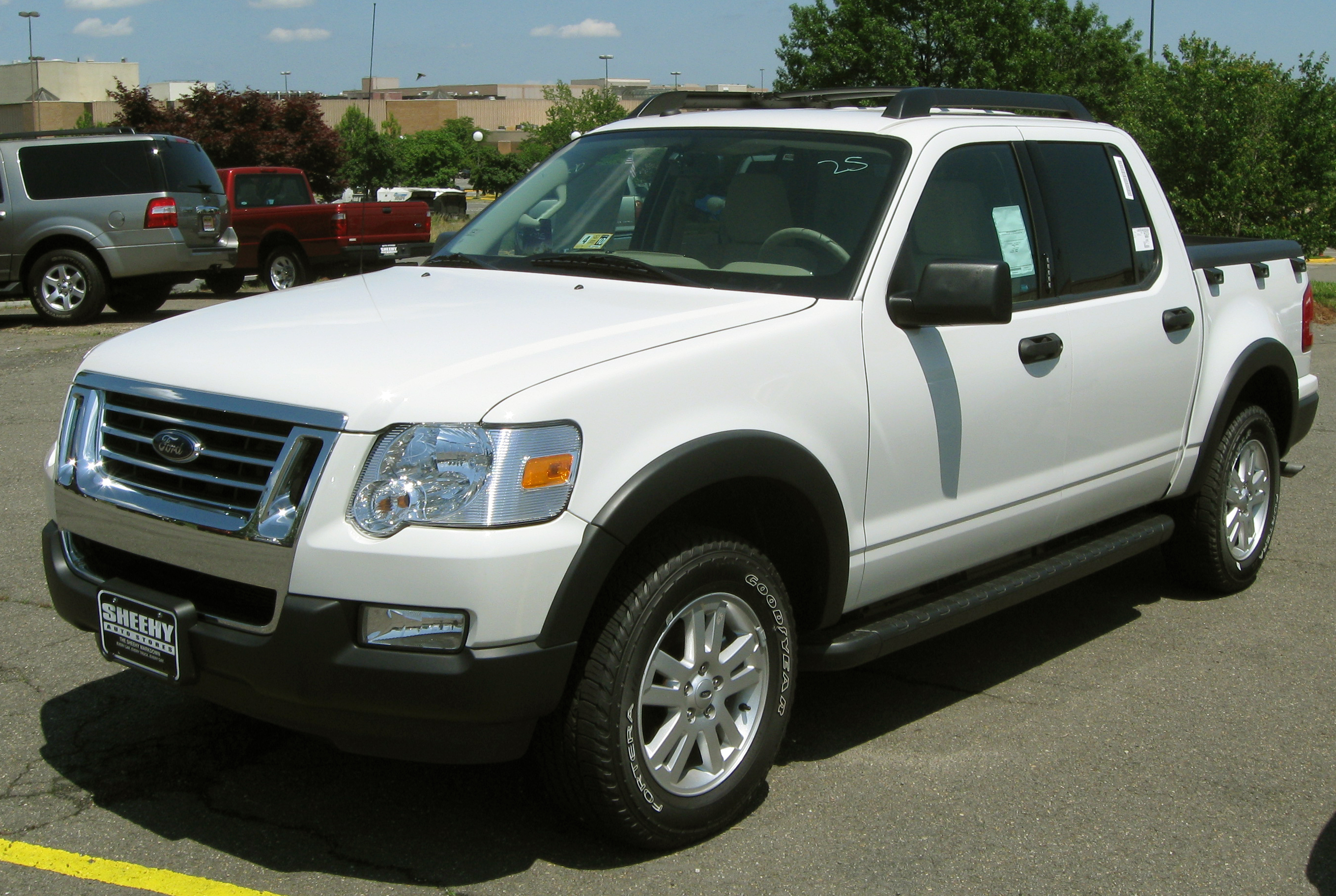 Ford Explorer Sport Trac #8