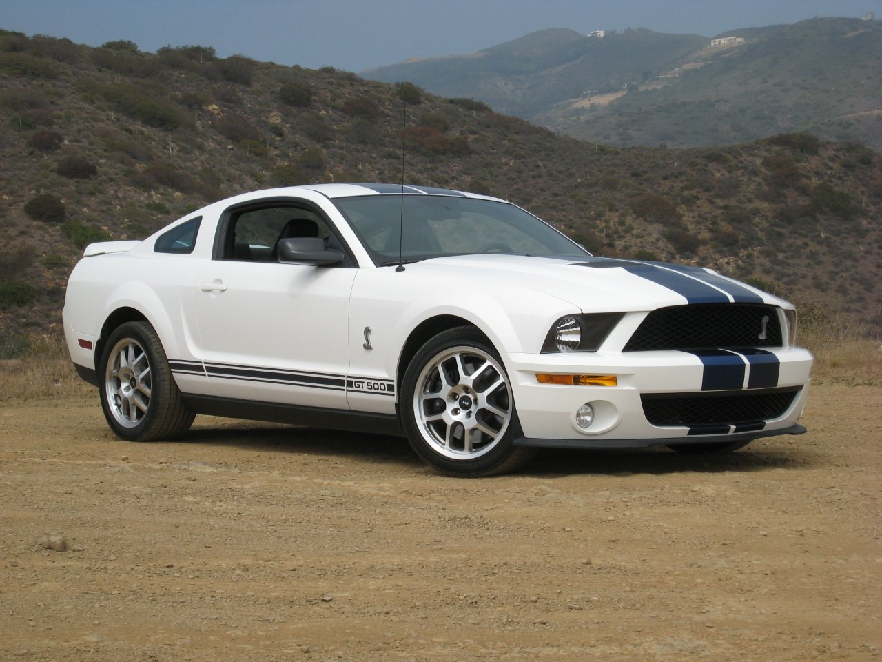 Ford Shelby GT500 #18