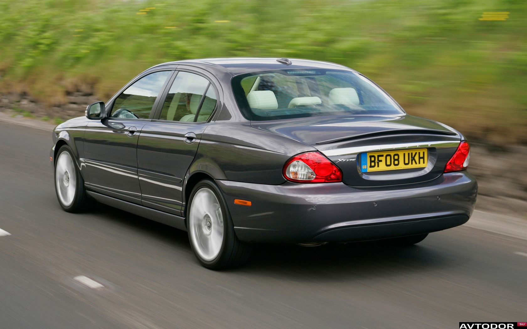 Jaguar X-Type #14