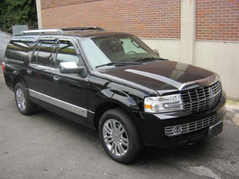 2007 Lincoln Navigator L - Information and photos - Zomb Drive