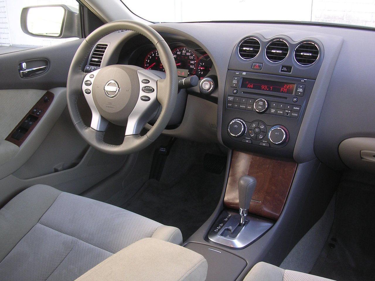 2007 nissan altima image 10 2005 nissan altima custom interior