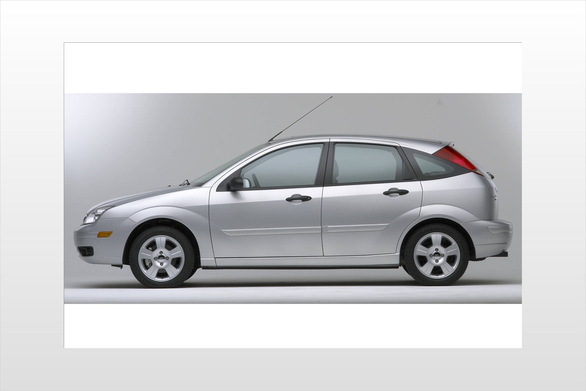 2007 Ford Focus ZX3 SES 2 exterior #15