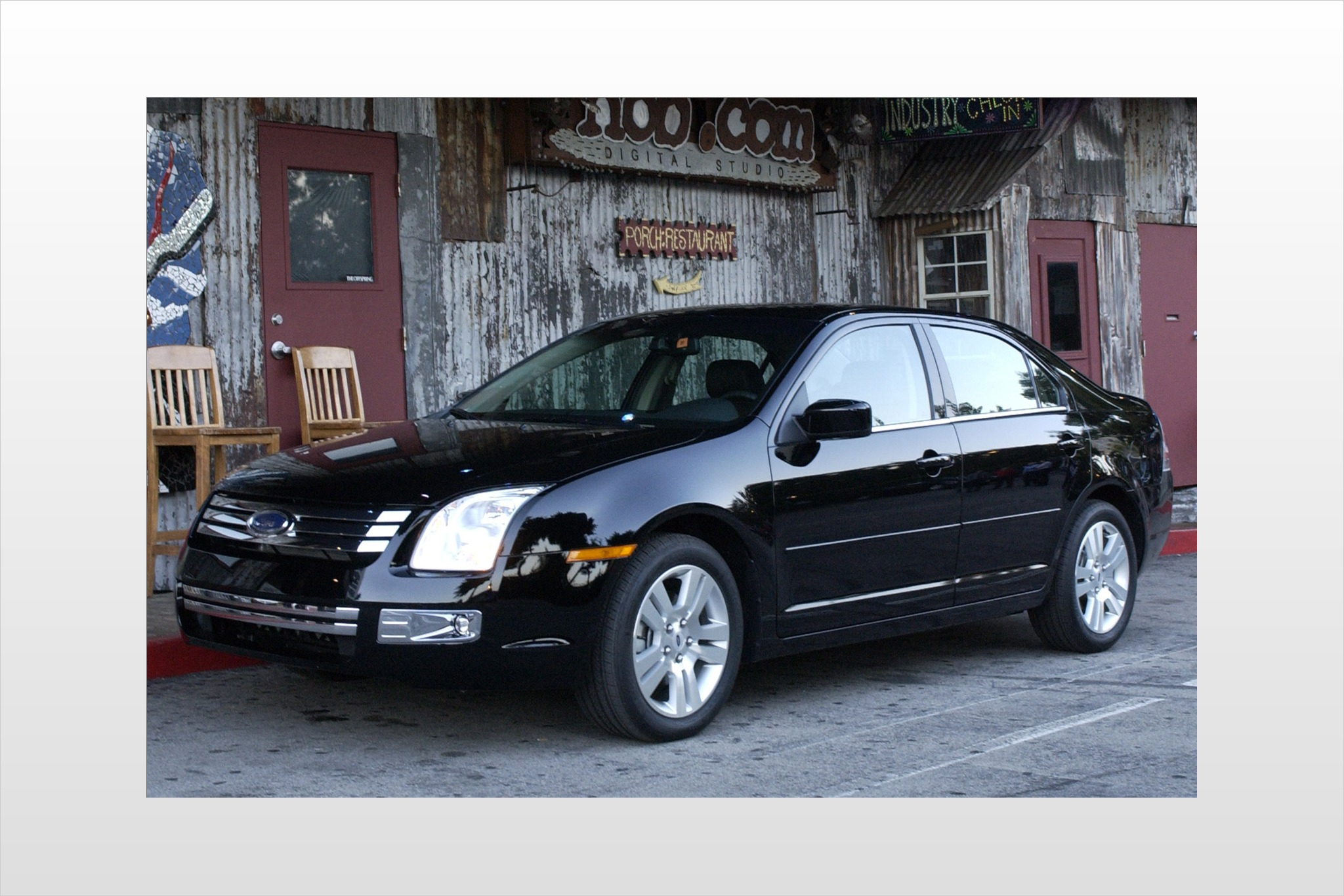 2007 Ford Fusion V6 SEL S exterior #4