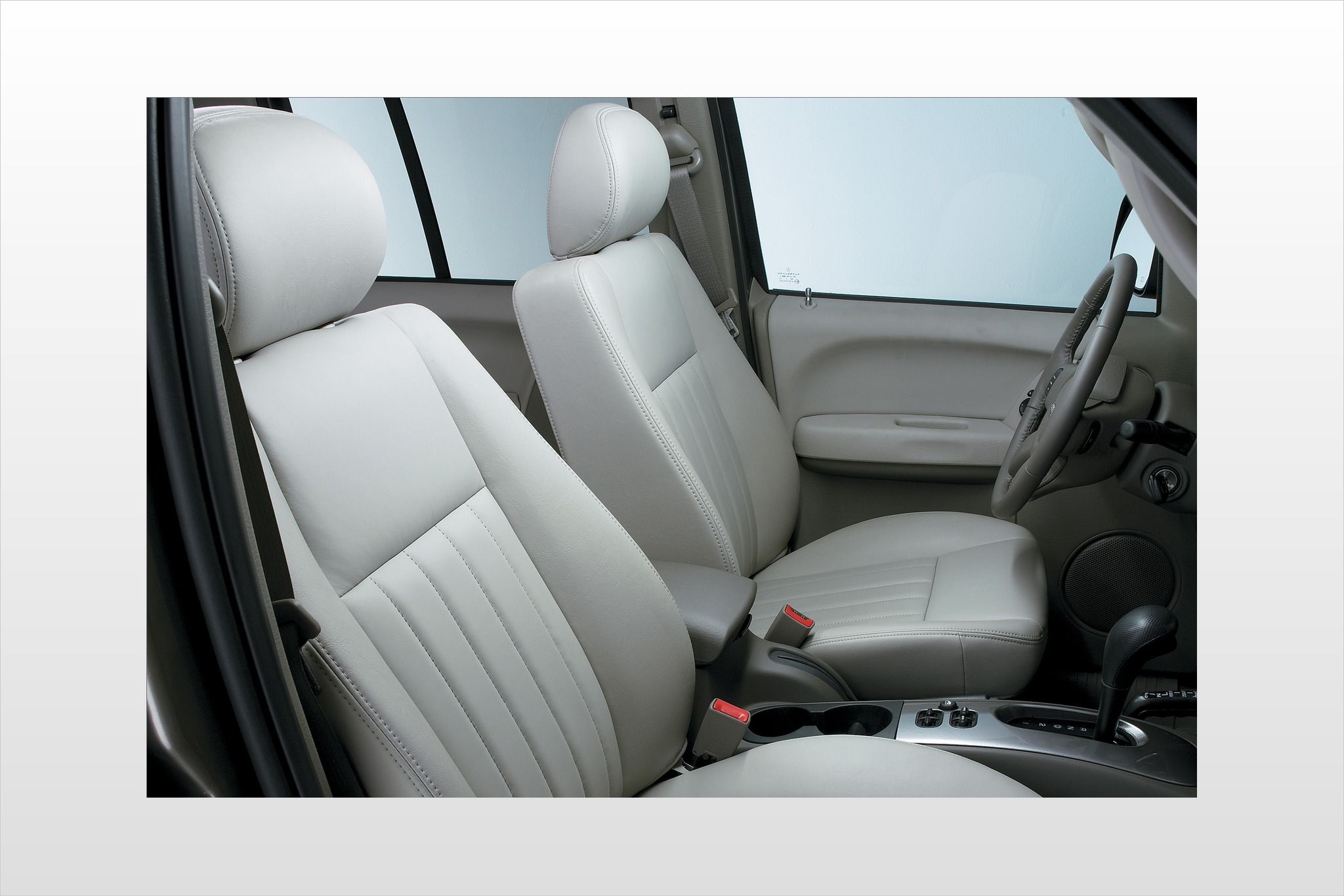 2007 Jeep Liberty Limited interior #7