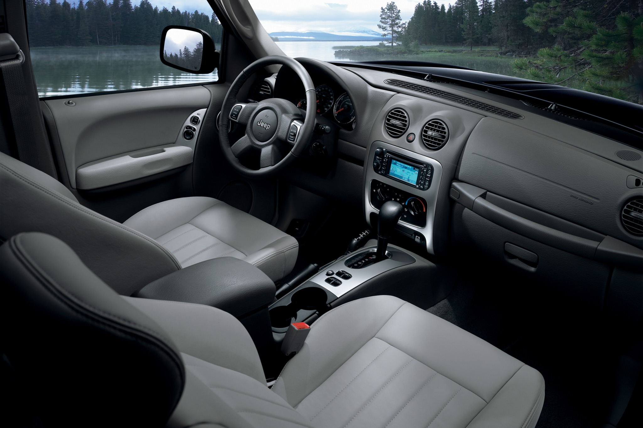 2007 Jeep Liberty Limited interior #8