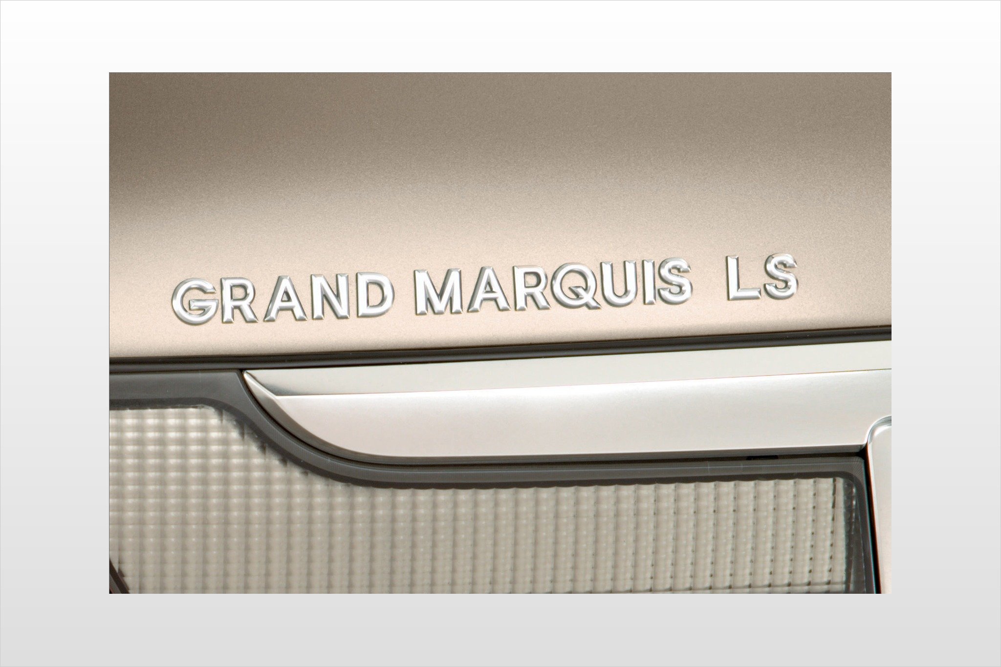2007 Mercury Grand Marqui exterior #5