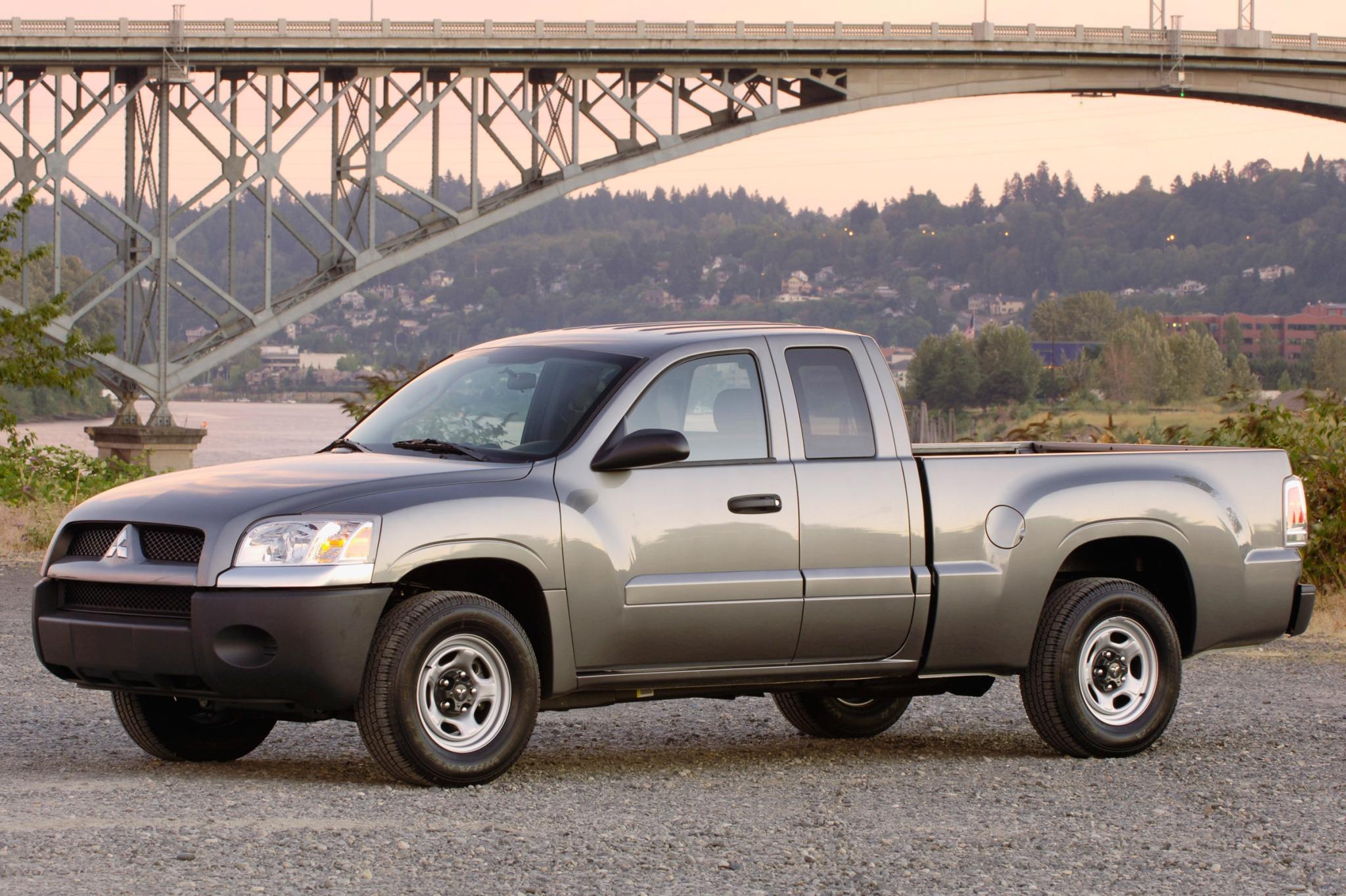 2007 Mitsubishi Raider #1 2007 Mitsubishi Raider Du exterior #1