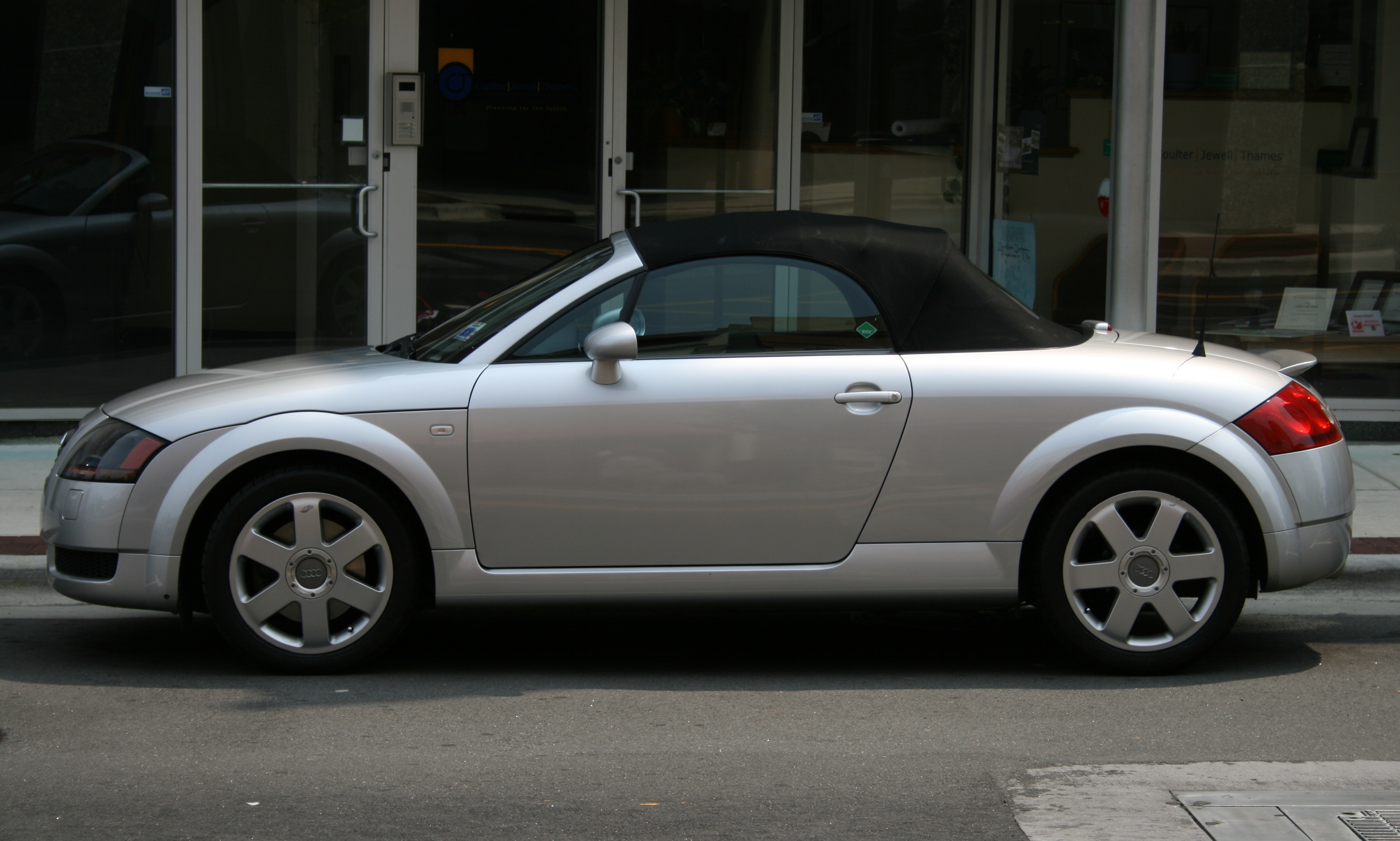 2008 Audi Tt Image 13