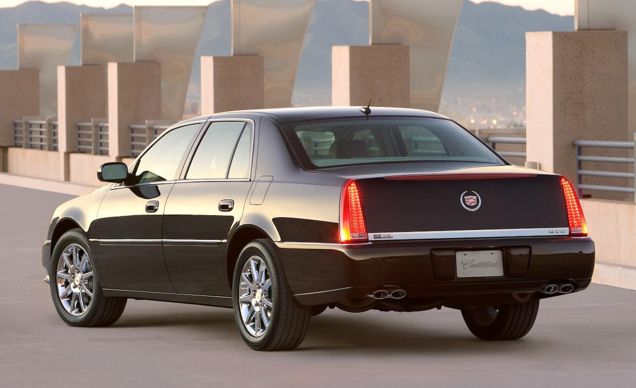 2008 Cadillac DTS - Information and photos - ZombieDrive