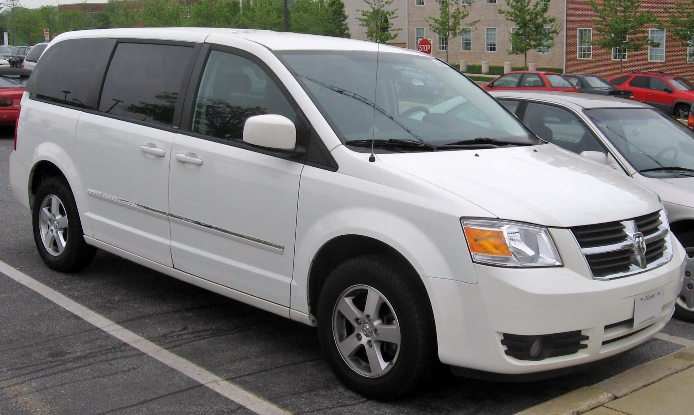 2008 Dodge Grand Caravan Information And Photos Zombiedrive