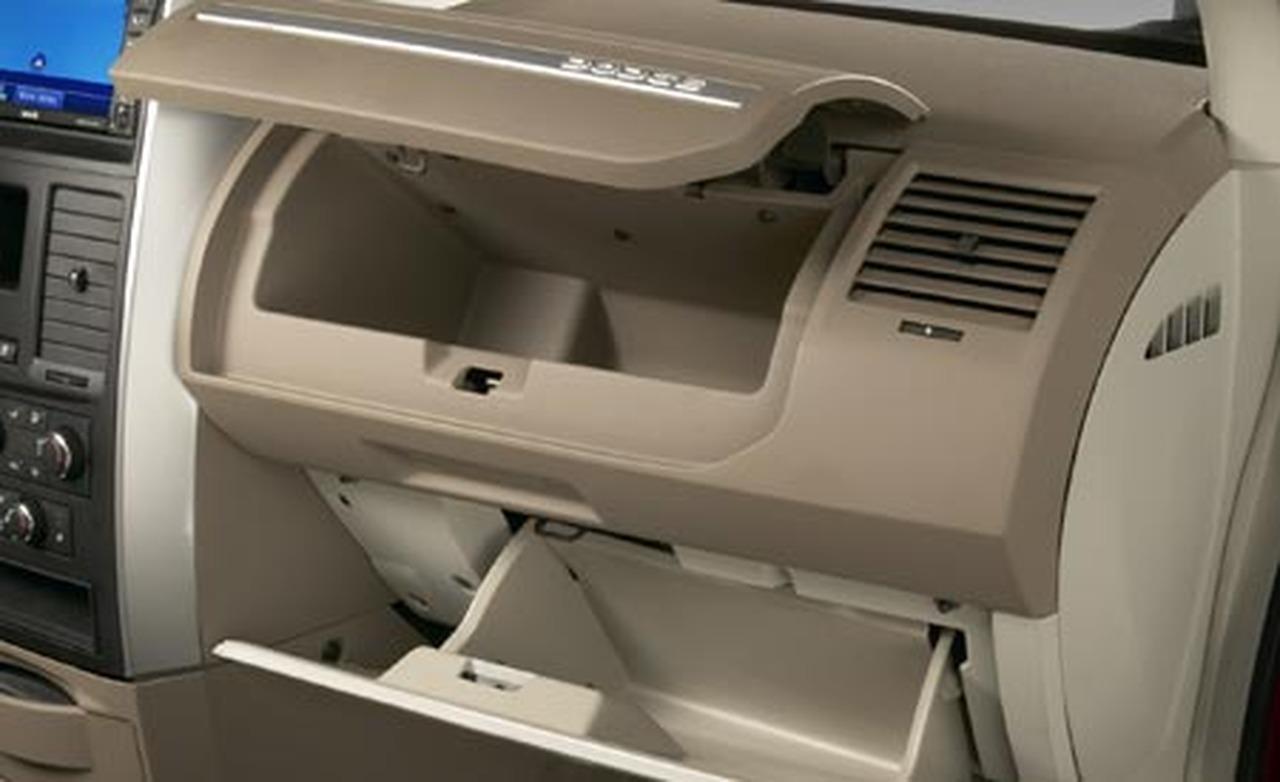 2008 Dodge Grand Caravan Image 4