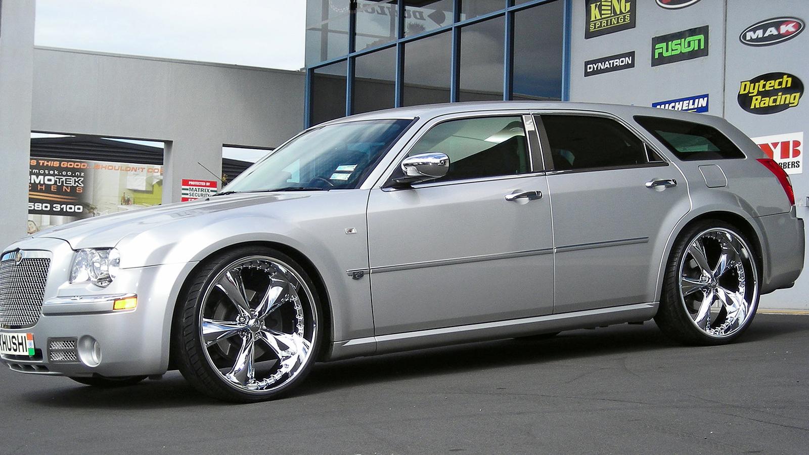 2008 Dodge Magnum Image 12