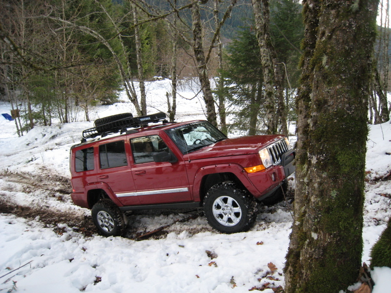 2008 JEEP COMMANDER - Image #2