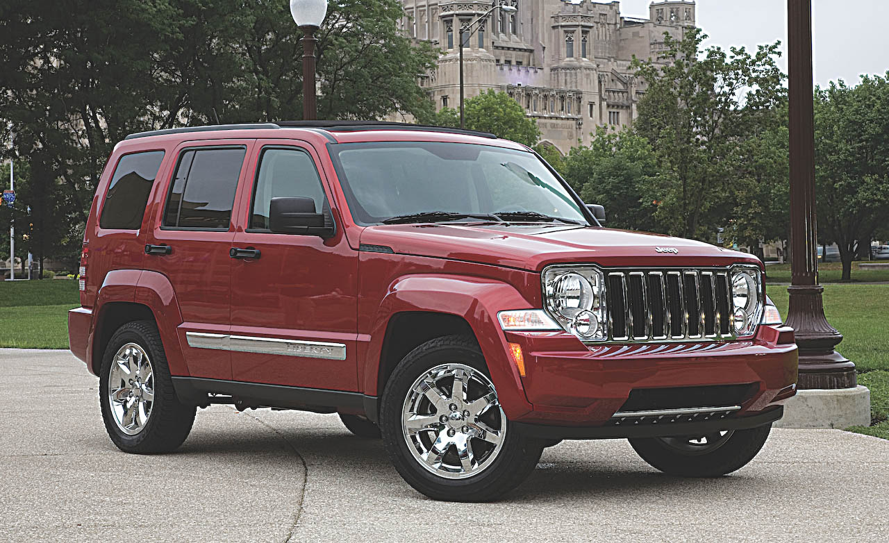 2008 jeep liberty - image #2