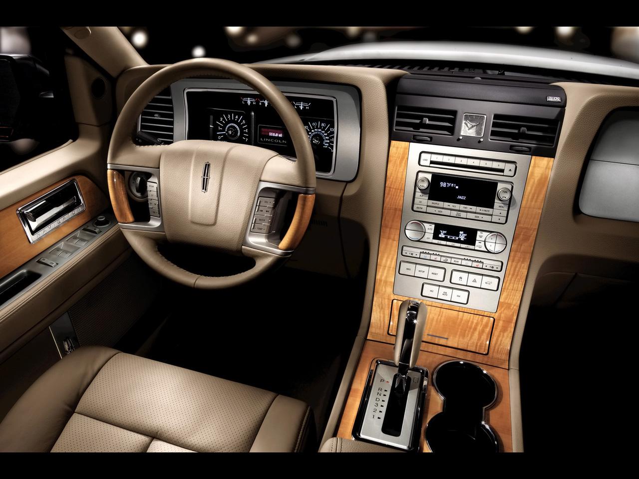 2008 Lincoln Navigator - Information and photos - Zomb Drive