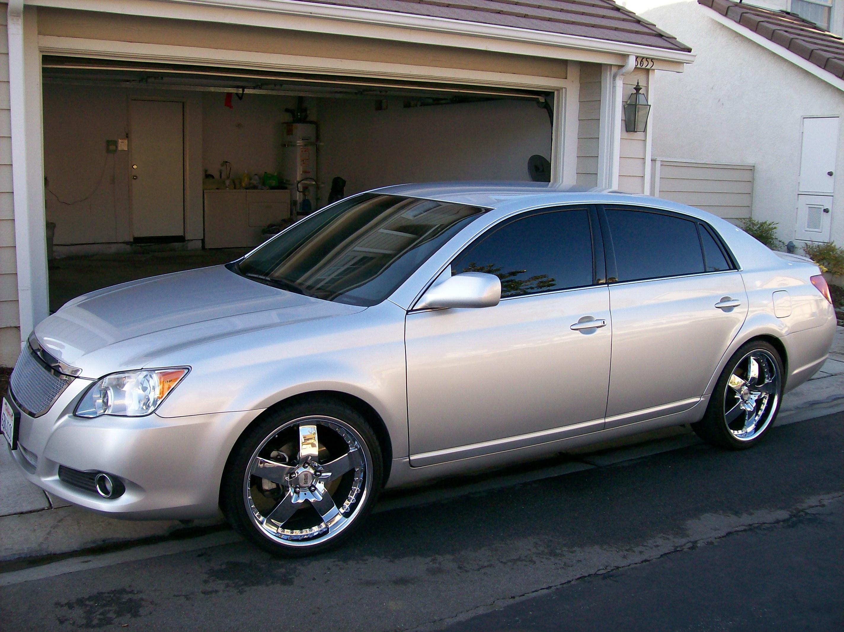 2008 Toyota Avalon Image 9