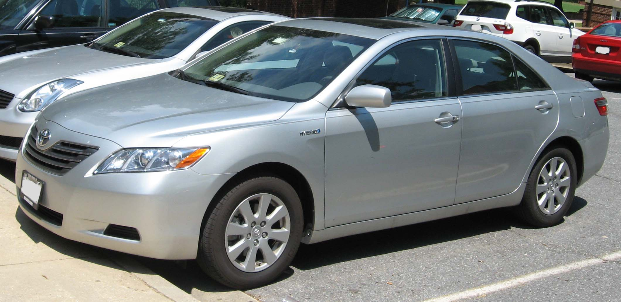 2008 Toyota Camry Hybrid - Information and photos ...
