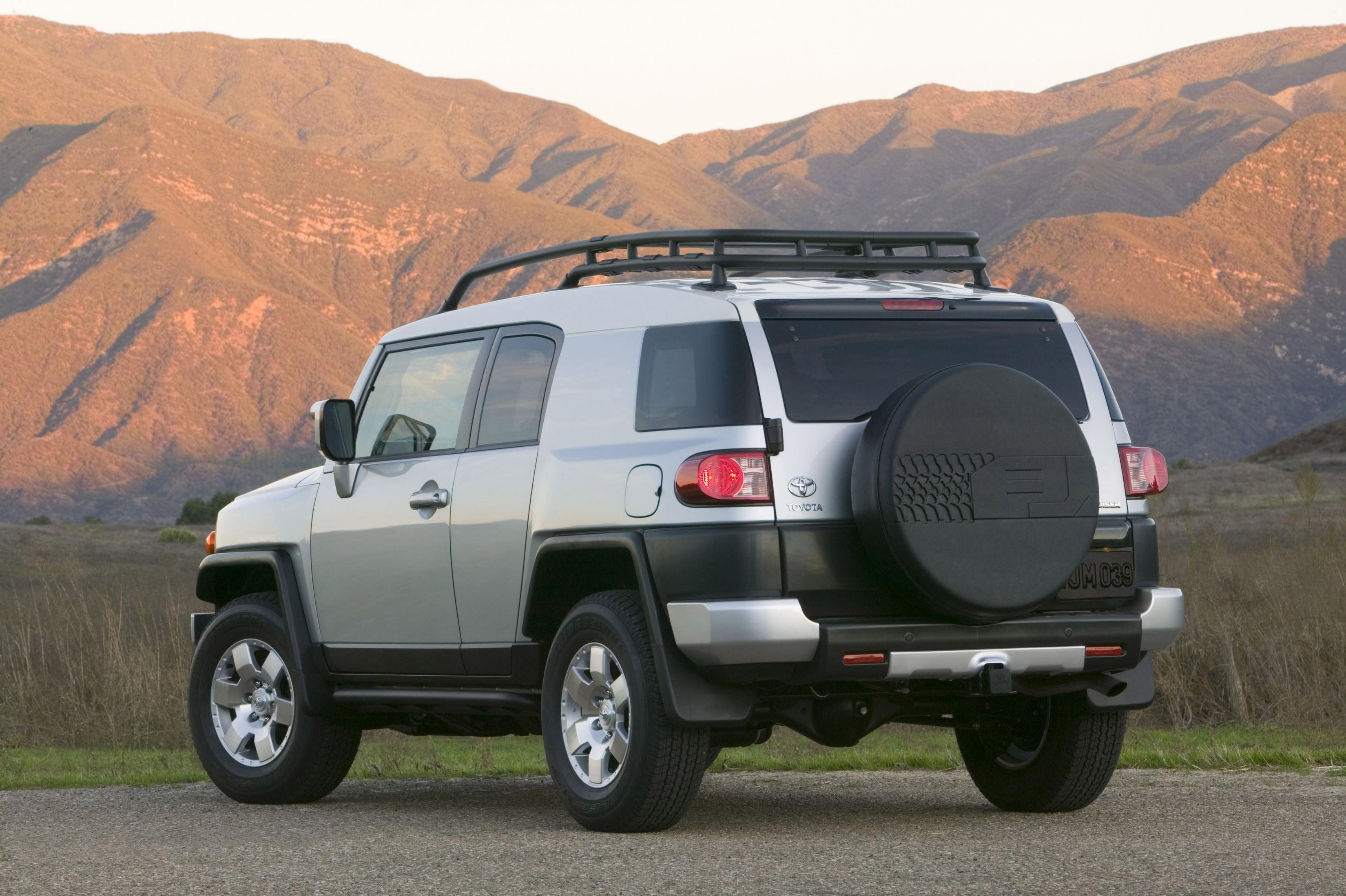 2008 toyota fj cruiser information and photos zombiedrive. Black Bedroom Furniture Sets. Home Design Ideas