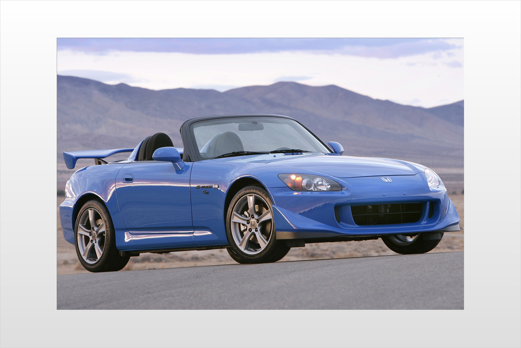 2008 Honda S2000 CR Cente interior #4