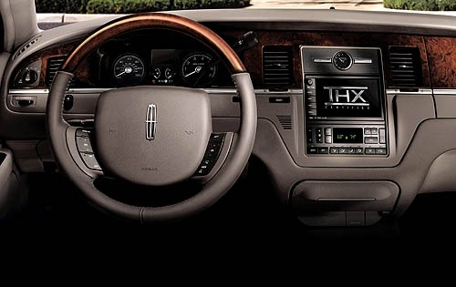 2008 Lincoln Town Car Sig interior #6