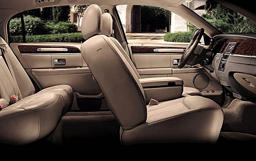 2008 Lincoln Town Car Sig interior #5