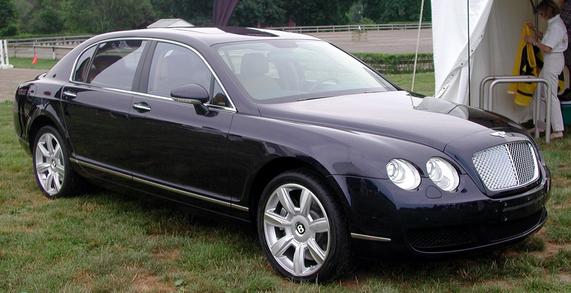 Bentley Continental Flying Spur #11