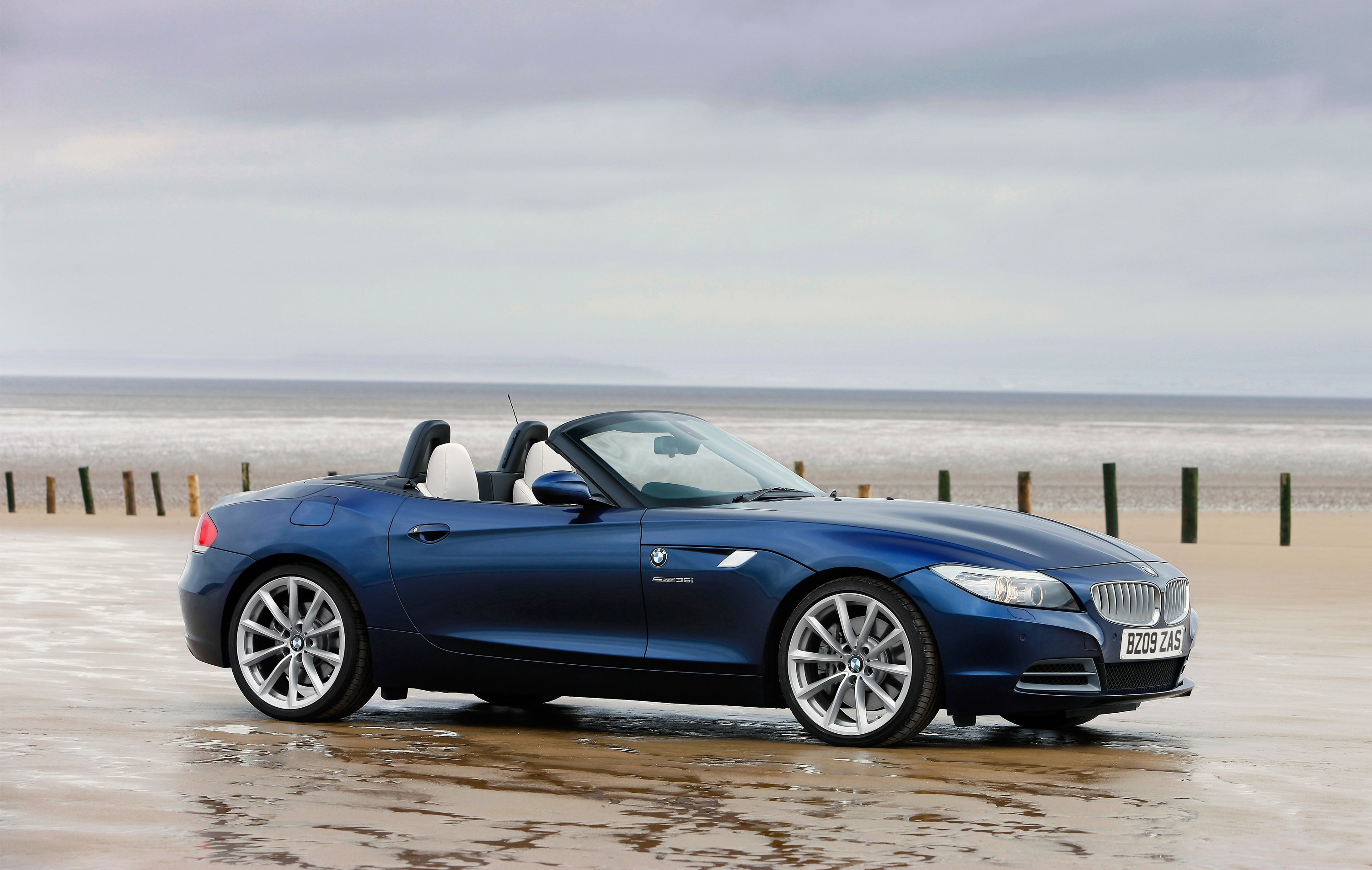 2009 Bmw Z4 Information And Photos Zombiedrive