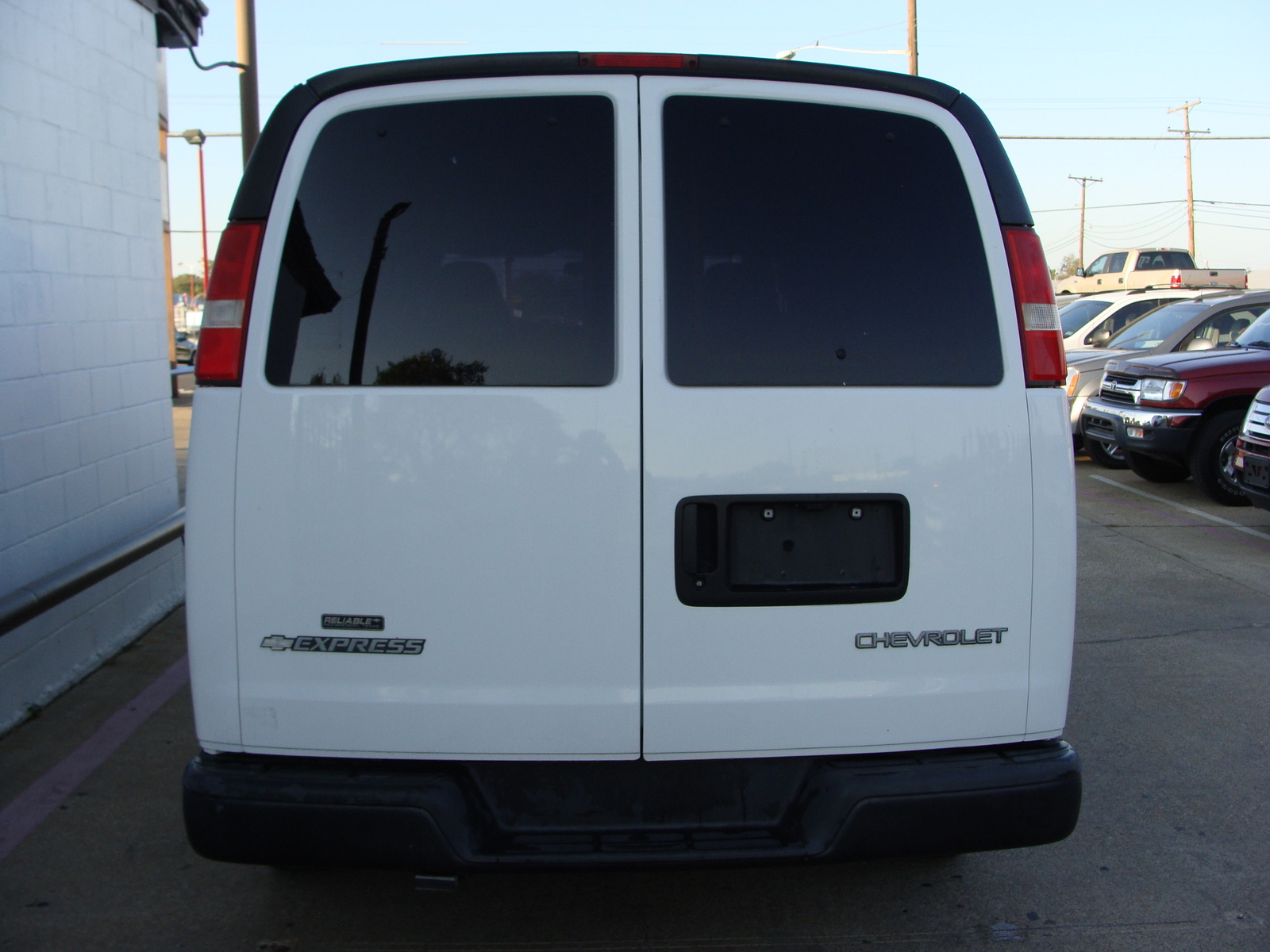 2009 Chevrolet Express Cargo Information And Photos