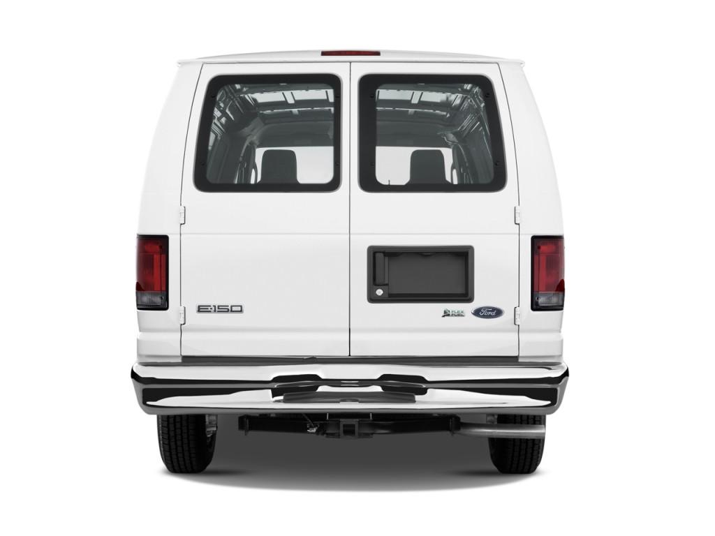 2009 Ford Econoline Cargo Image 11