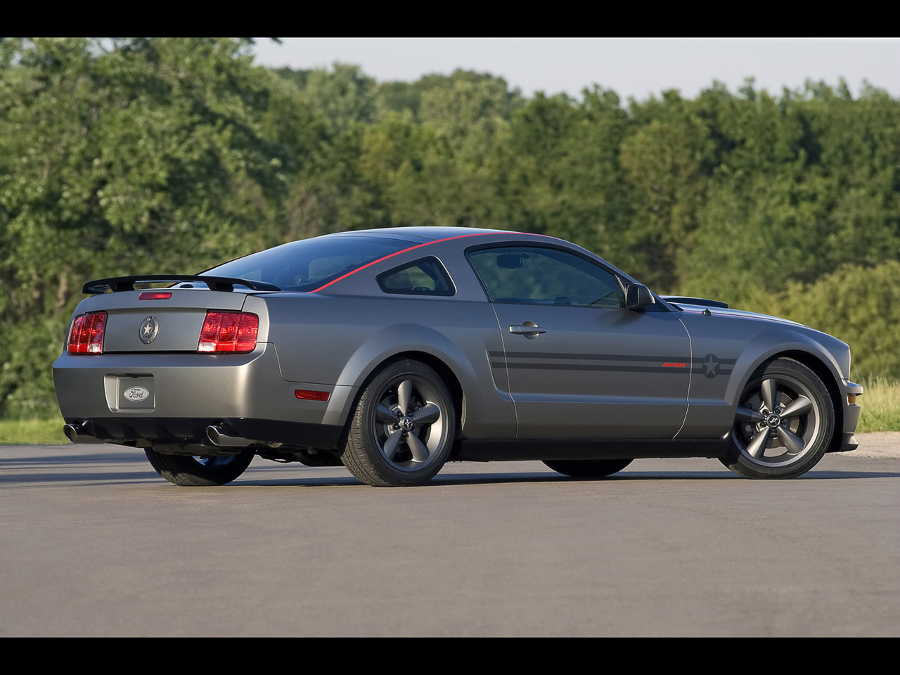 2009 ford mustang image 15