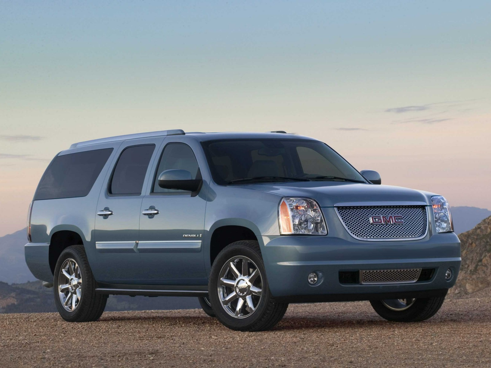 2009 gmc yukon xl information and photos zombiedrive. Black Bedroom Furniture Sets. Home Design Ideas