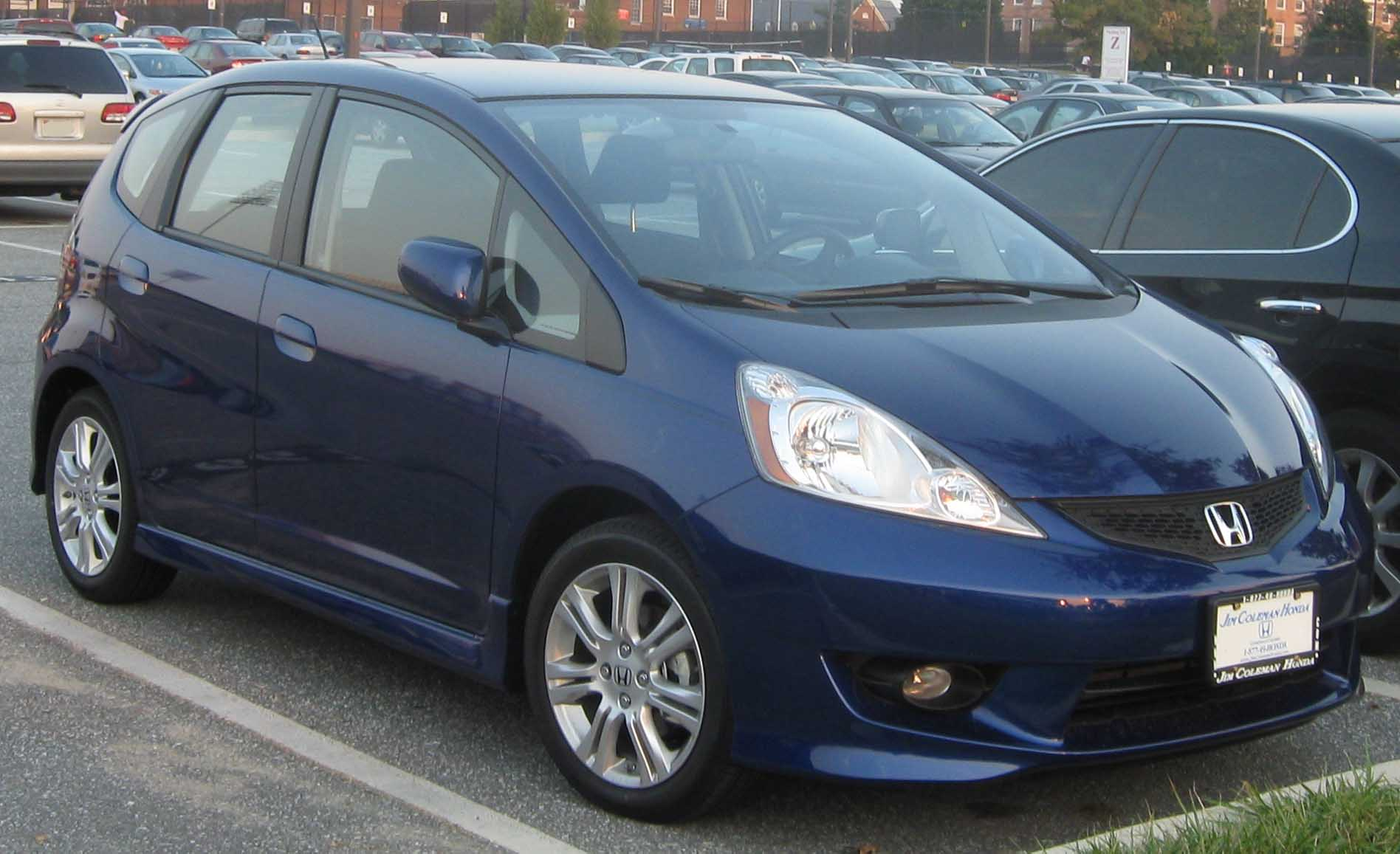 2009 Honda Fit Information and photos ZombieDrive