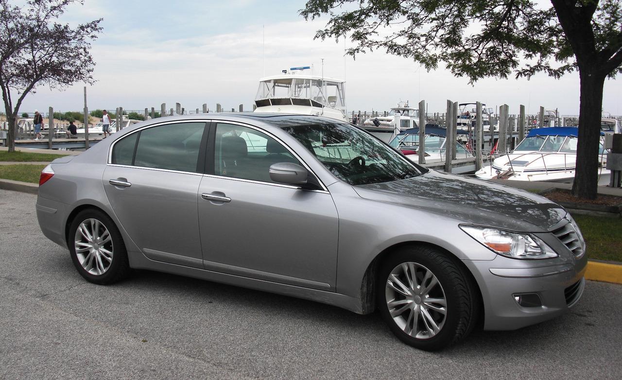2009 Hyundai Genesis Image 20