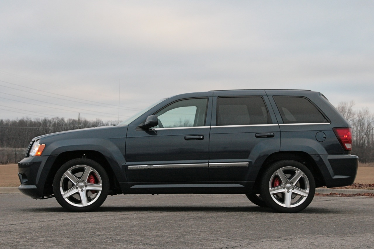 2009 jeep grand cherokee - information and photos - zombiedrive