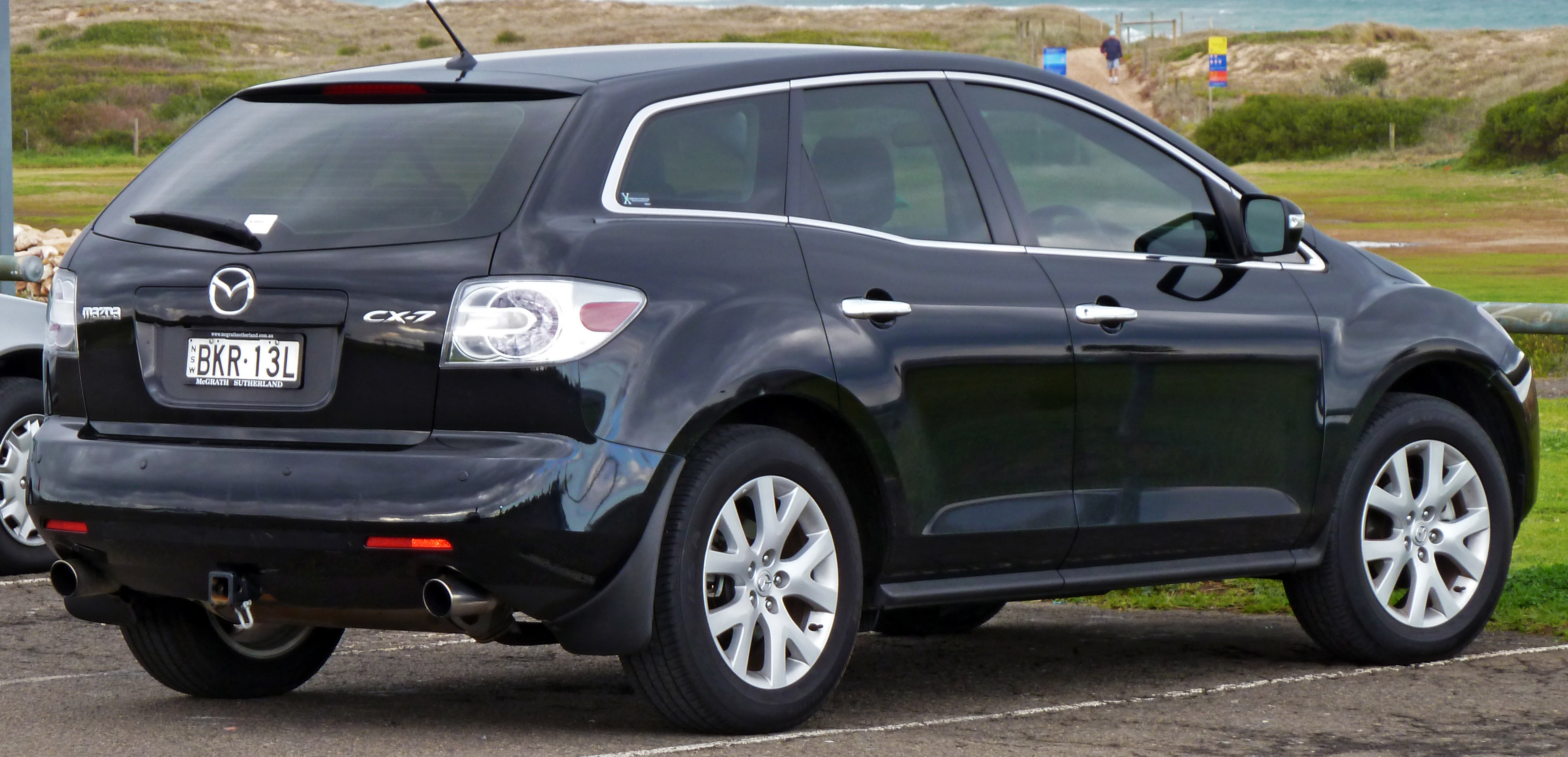 2009 mazda cx-7 - information and photos - zombiedrive