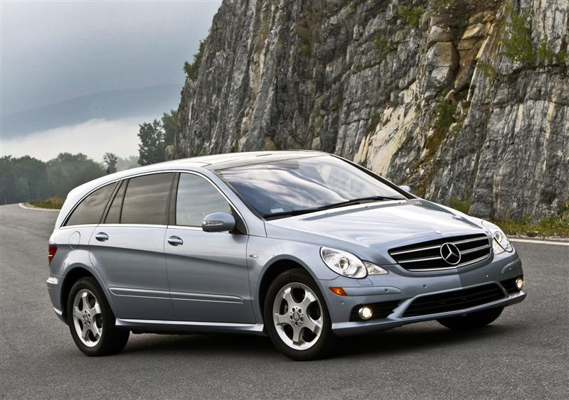 Image gallery mercedes r 2009 for Mercedes benz r350 price