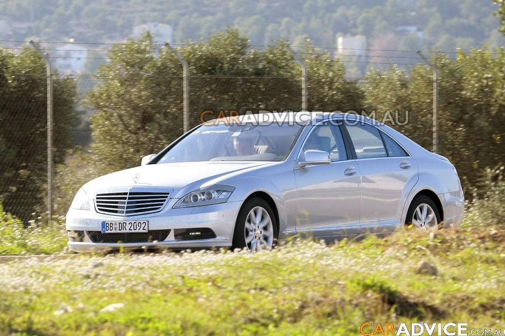 2009 Mercedes Benz S Class Image 19
